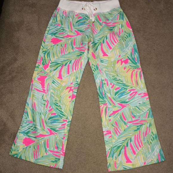 37ccc8d1ed Lilly Pulitzer Pants - Lilly Pulitzer The Beach Pant Pink Tropical Storm